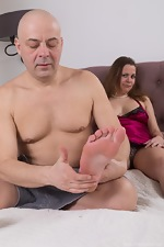 Afeena gets a foot massage and sex in bed  - pic #1
