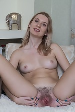 Aliss Liss has naughty fun with whipped cream - pic #8