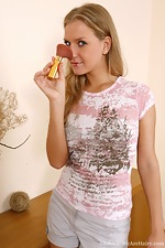 Alisha stuffs a makeup brush in her hairy pussy - pic #1