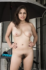 Anastasia Cherry gets naked on her outdoor terrace  - pic #5