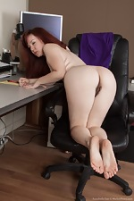Annabelle Lee strips naked from her purple dress  - pic #13