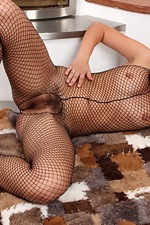 Ansie bares all in her lace-suit - pic #15
