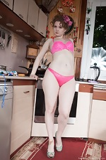 Bazhena gets naked and sexy in her kitchen - pic #4