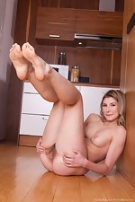 Candy Bloom strips naked in her kitchen today - pic #11