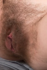 Candy Red masturbates in her bedroom with a toy - pic #16