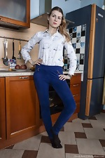 Candy Rose strips naked in her kitchen - pic #1