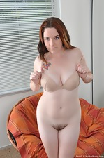 Hairy Cerah spreads her milky thighs - pic #10