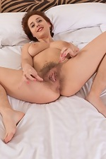Chrystal Mirror strips naked as she climbs in bed - pic #14