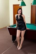 Dana gets tired of billiards - pic #1