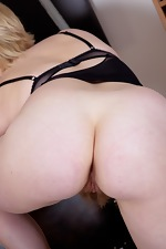 Hairy blonde Danniella spreads out on the floor - pic #7