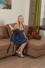 Darina Nikitina strips and masturbates with a toy - pic #2
