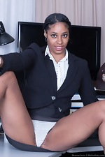 Dharma Grace strips naked at her office today - pic #2