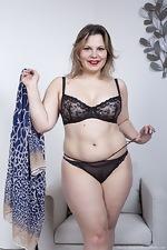 Ellariya Rose models her black lingerie today - pic #6