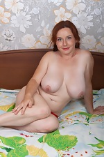 Elouisa masturbates in bed wearing red lingerie  - pic #7
