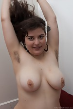 Esther spreads her hairy cheeks - pic #6