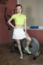 Eva Strawberry finishes her sexy workout - pic #1