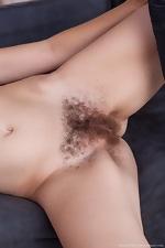 Jessica Patt gets hairy fun with her boyfriend - pic #4