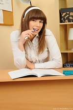 Hairy Julia S interrupts her study - pic #1