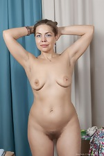 Kira Arda strips nude after sorting her clothes - pic #16