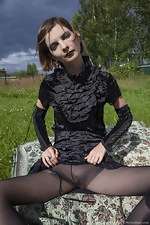 Lady Phanthom strips naked in the outdoors - pic #3