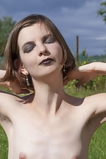 Lady Phanthom strips naked in the outdoors - pic #12