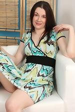 Lia's Sunday dress strip - pic #1