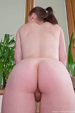 Peek up Lidiya's short pink dress - pic #11