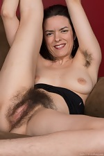 Lucia strips from black dress to play alone - pic #9