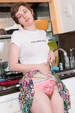 Mercy West strips naked in her kitchen - pic #2