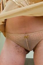 Golden girl Nadya gets naked - pic #6