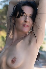 Nimfa Mannay strips naked in the outdoors  - pic #4