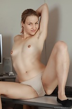 All natural hairy babe Rachel in office - pic #6