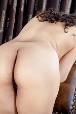 Erotic piano lessons with hairy girl Riani - pic #10