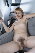 Sabrina Frash poses naked in her sexy glasses - pic #16