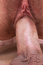 Hairy babe Sammy finds her match - pic #10