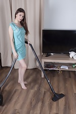 Sandra strips naked after her cleaning work - pic #1