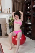 Silki Smith has fun on her fit ball - pic #7