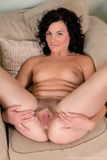 Time for Sofia Matthews to play in the living room - pic #13