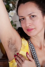 Tracey Anne strokes her naturally hairy body - pic #2
