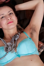 Tracey Anne strokes her naturally hairy body - pic #7