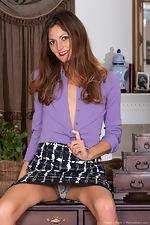 Vanessa Bush enjoys stripping off a purple shirt  - pic #2