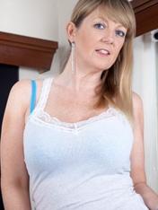 Sophie UK WeAreHairy