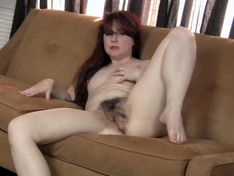 Annabelle Lee strips naked on her couch today
