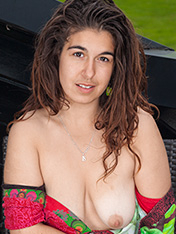 Lisandra WeAreHairy